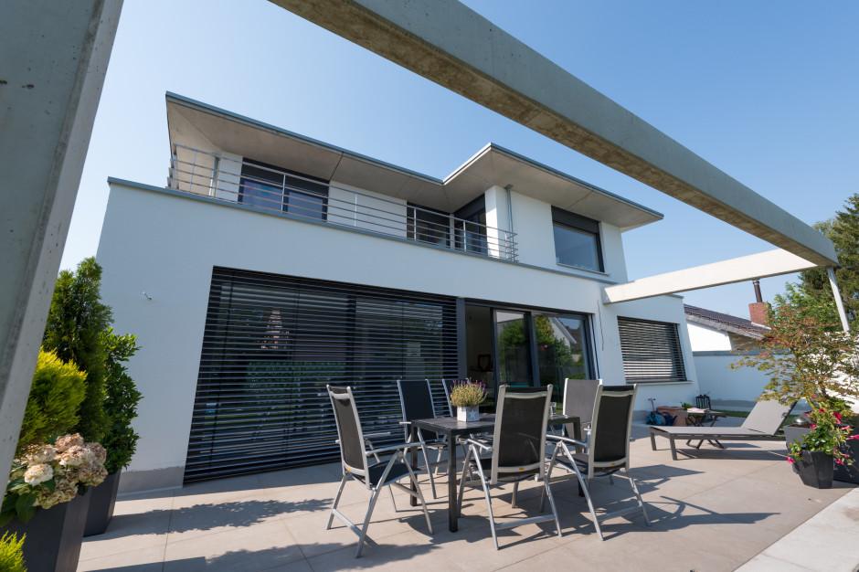 villa auf dem niederberg grotegut architekten. Black Bedroom Furniture Sets. Home Design Ideas