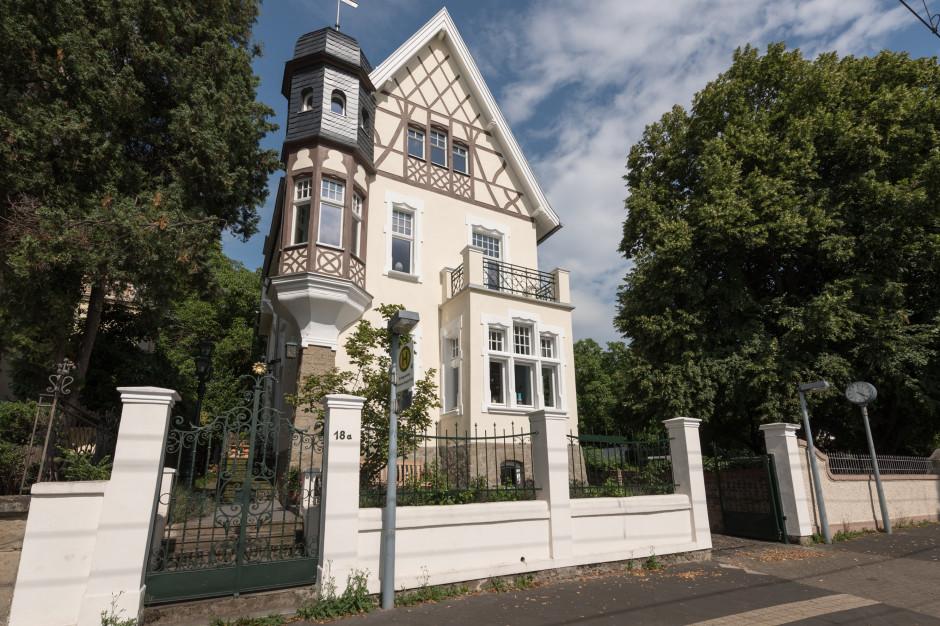 Gründerzeitvilla am Rhein